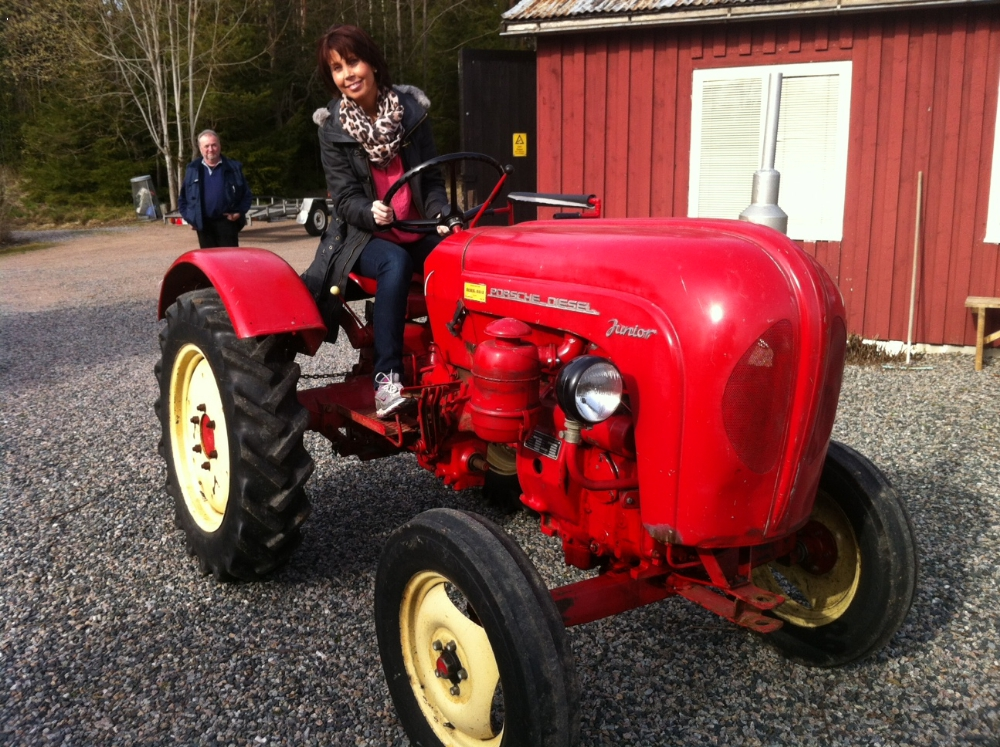 porsche traktor junior 1 cyl diesel 18hkr. Black Bedroom Furniture Sets. Home Design Ideas