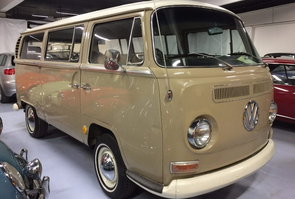 VW 1500 Typ 2, T2 Lyxbuss (Bay-window)