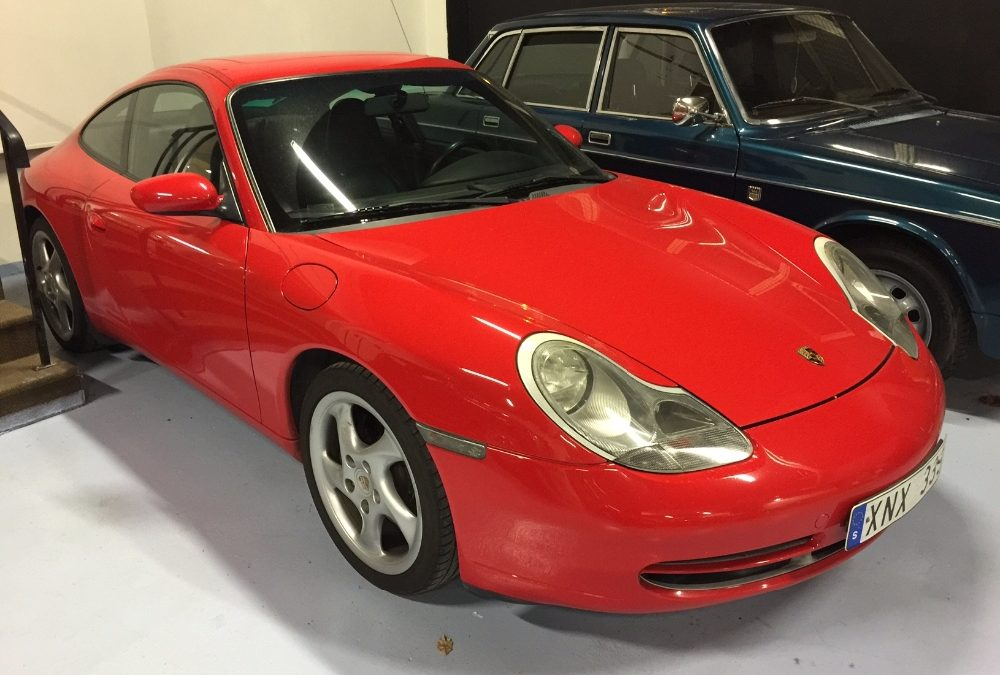 Porsche 911 3,6 Carrera (996 Tiptronic coupé)