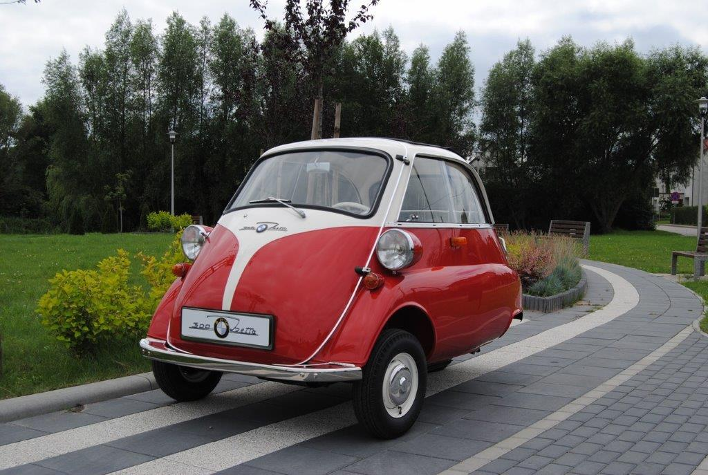 BMW Isetta 300 på väg in