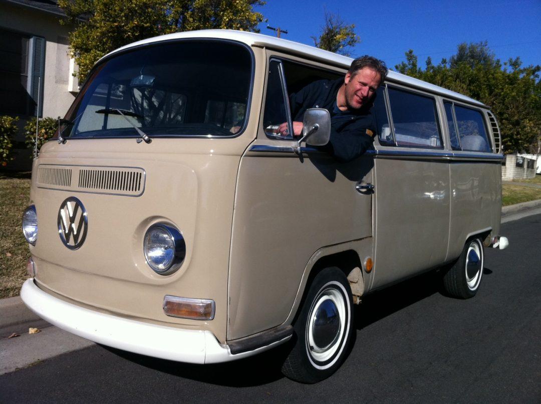 Nyinkommen VW lyxbuss 1968